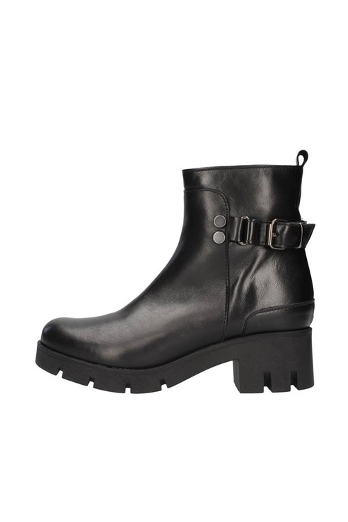 Nh.24 boots BLACK