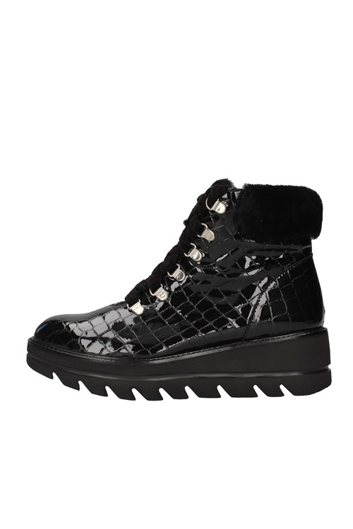Callaghan Amphibians BLACK