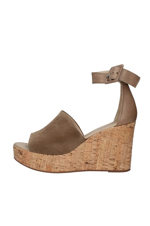 Nero Giardini With wedge BROWN