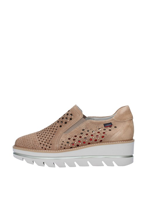 Callaghan Slip on BEIGE