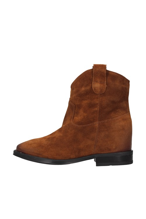 Cafe' Noir boots BROWN