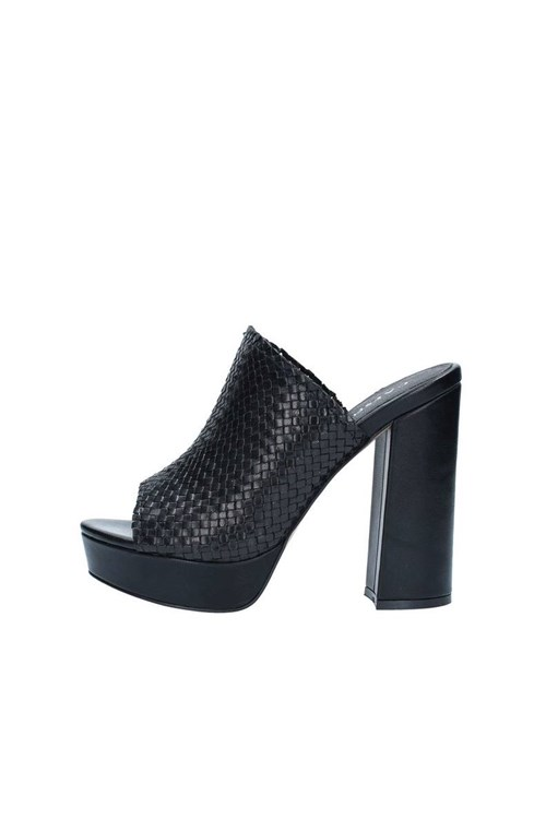 Cafe' Noir With heel BLACK