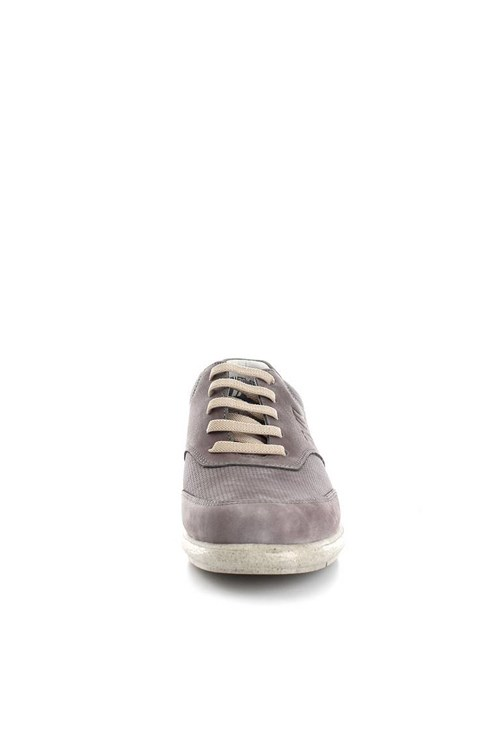 Callaghan  low GREY